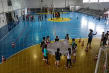 Colônia de Férias do Vida Ativa movimenta jovens no Ginásio Karosso