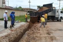 Sanep substitui rede de água na rua Clio Fiori Druck