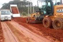 Município dinamiza ações de manutenção de infraestrutura na colônia