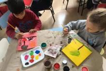 Emei Jacema Prestes incentiva a expressão artística