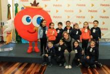 Prefeita recebe alunos do Centro Criança Amada