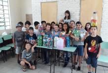 Escolas municipais arrecadam tampas para campanha solidária