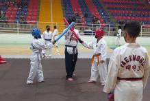 Projeto Vida Ativa leva alunos para o Festival de Taekwondo
