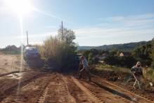 Prefeitura faz manutenção da Estrada Sem Fim do 4º distrito