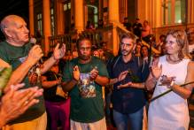 Paula recepciona procissão de São Jorge – Ogum no Paço
