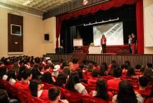 Prefeita fala a estudantes do Colégio Gonzaga