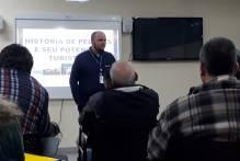 Taxistas fazem curso sobre história e turismo de Pelotas