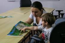 'Conte Comigo' trabalha emoções de pais e filhos