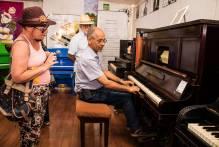 Museu itinerante promove shows com piano no Largo do Mercado