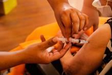Prefeitura mantém vacinação de acamados