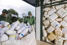 Cartazes divulgam recolhimento de embalagens de agrotóxicos