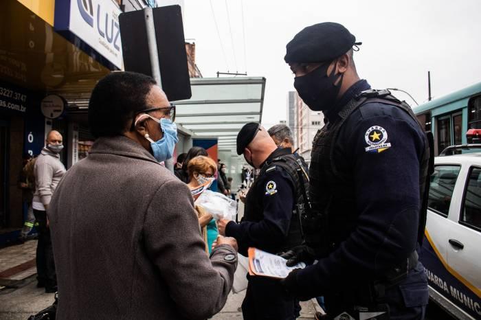 Operação Integrada orienta público ao uso obrigatório da máscara