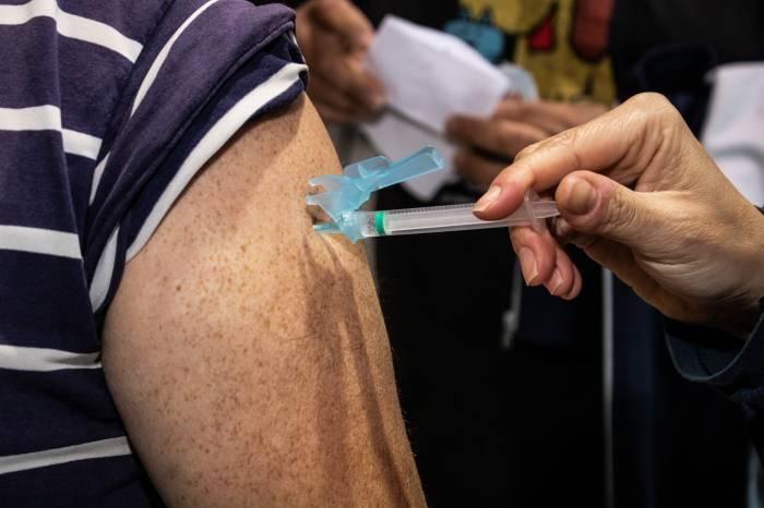 Saiba o que fazer se você perdeu a segunda dose da vacina