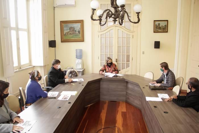Prefeitura propõe renegociação do aluguel aos permissionários do Mercado