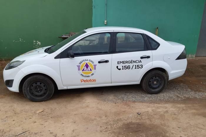 Defesa Civil recebe carro para ações