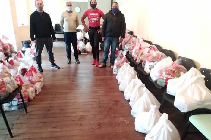 Município entrega mais 50 sacolas a famílias LGBTI+