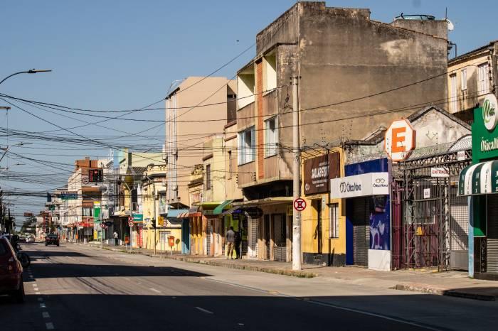 Comércio e outras atividades podem funcionar em Pelotas