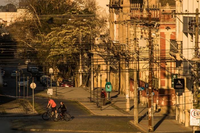 Pelotas segue em bandeira laranja