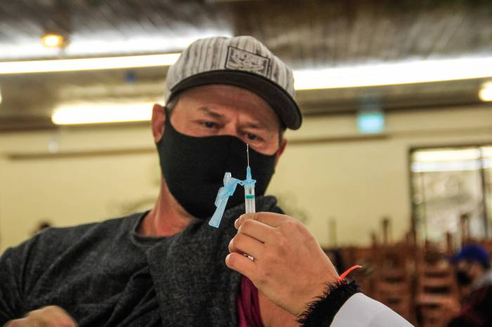 Proteção contra Covid-19: mais 1.636 pessoas são vacinadas em Pelotas
