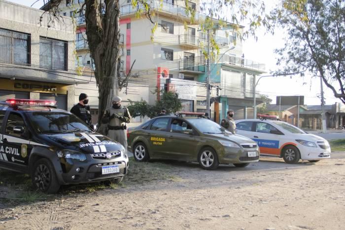 Forças de segurança atuam para reforçar combate à pandemia