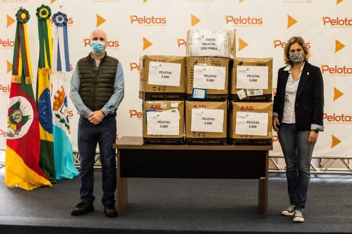 Empresa de celulose doa 18 mil máscaras e 1,95 mil luvas