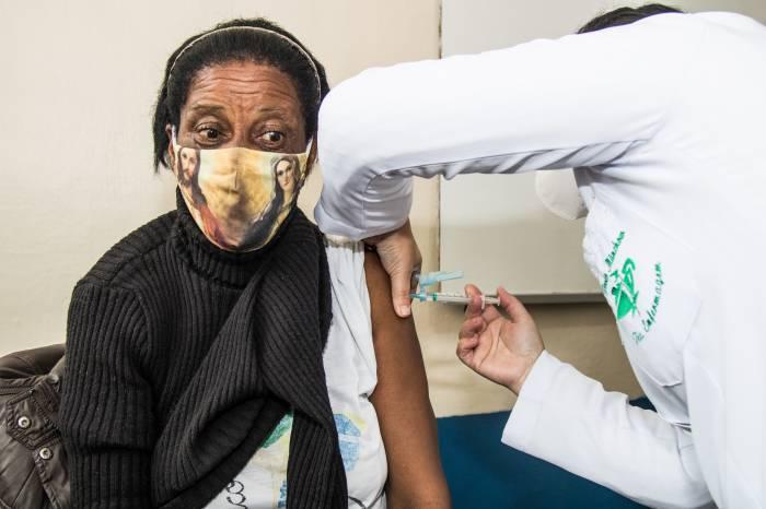 12 mil pessoas são vacinadas contra a Covid-19 nesta semana