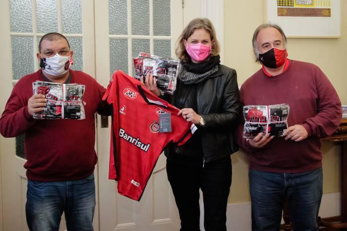 Grêmio Esportivo Brasil doa 870 máscaras para o Centro Covid