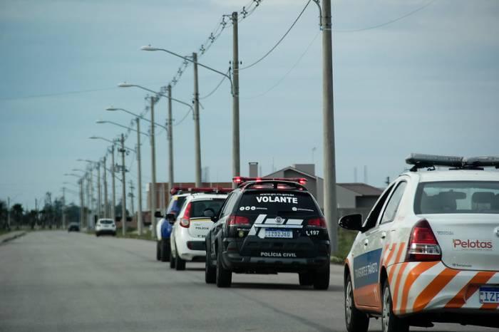 Operações Integradas encerram festa clandestina e coíbem aglomerações