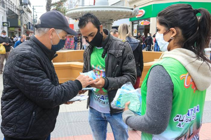 'Dia D' do projeto Máscaras Cuidativas distribui 10 mil unidades do EPI