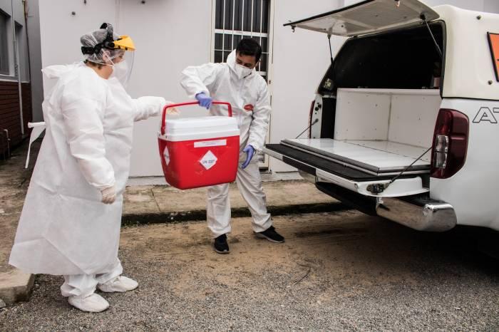 Prefeitura de Pelotas tem equipe própria para transporte de exames Covid para o Lacen