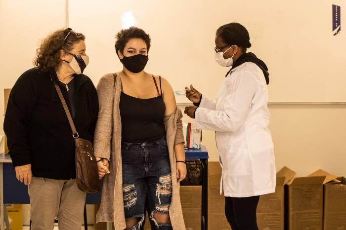 Pelotas soma 3.070 vacinados nesta segunda-feira