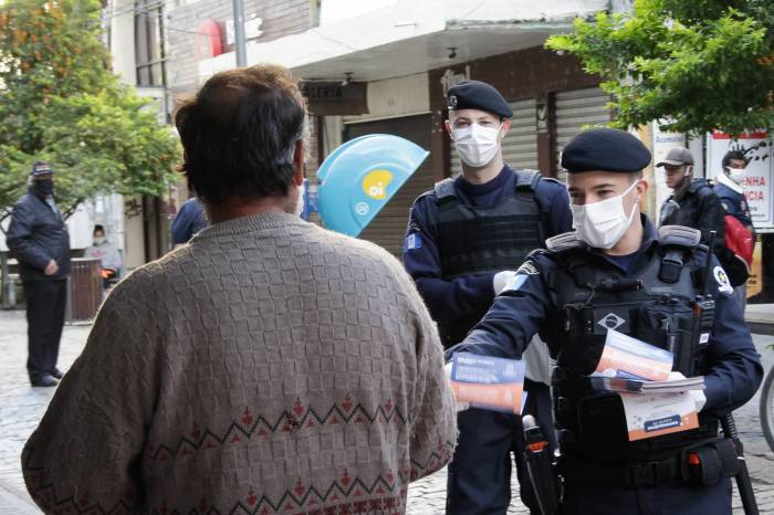 Pandemia altera rotina de trabalho da Guarda Municipal