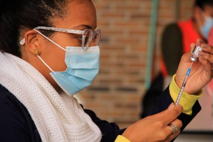 Confira o calendário de vacinação desta semana em Pelotas