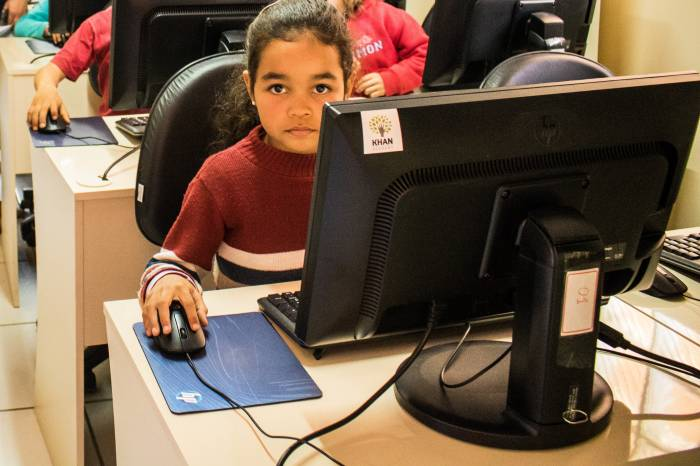 Secretaria de Educação pede engajamento das famílias nas aulas remotas