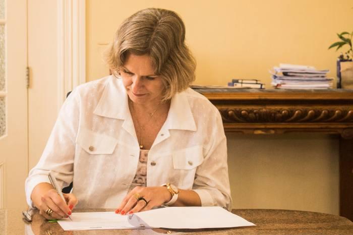 Prefeitura suspende pagamento de carnês para aquisição de lotes