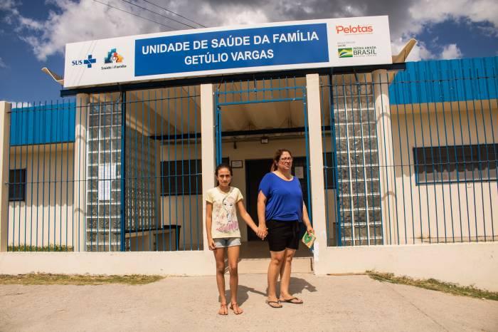 Poliomielite e atualização da caderneta de vacinação é foco em Pelotas