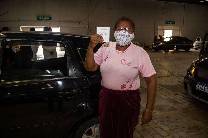 Dose de reforço é aplicada no público com 60 anos ou mais em Pelotas