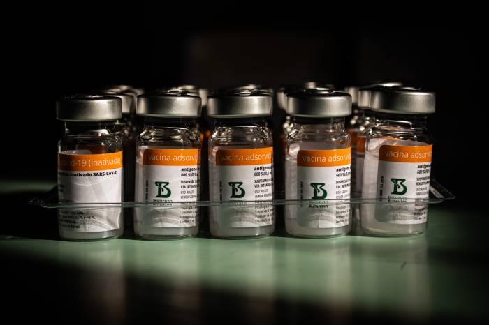 Coronavírus: Teleconsulta presta orientações sobre vacinas