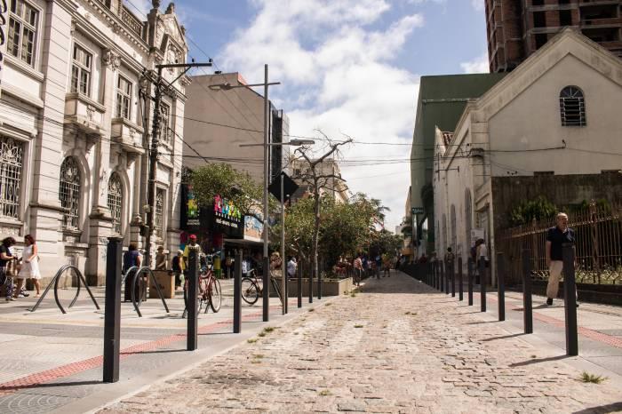 Pelotas permanece em bandeira laranja pela terceira semana